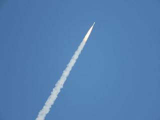 1029ロケット打ち上げ.jpg