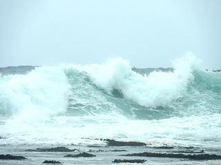 0702台風前の海032.jpg