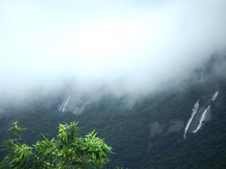 07モッチョム岳の滝9340.jpg