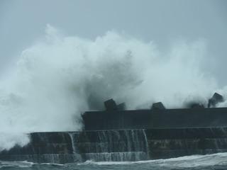 0821台風の波05.jpg