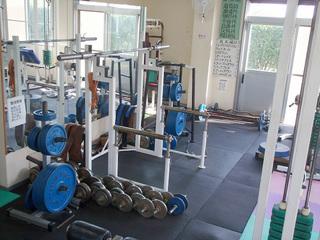 トレーニングジム室内2.jpg