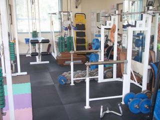 トレーニングジム室内4.jpg